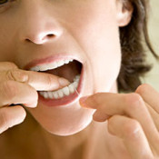 FLOSSING TIPS: How to Get Yourself to Floss Daily